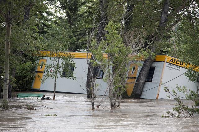 Calgary Flood 2013 - Day 3: pinned ATCO trailer