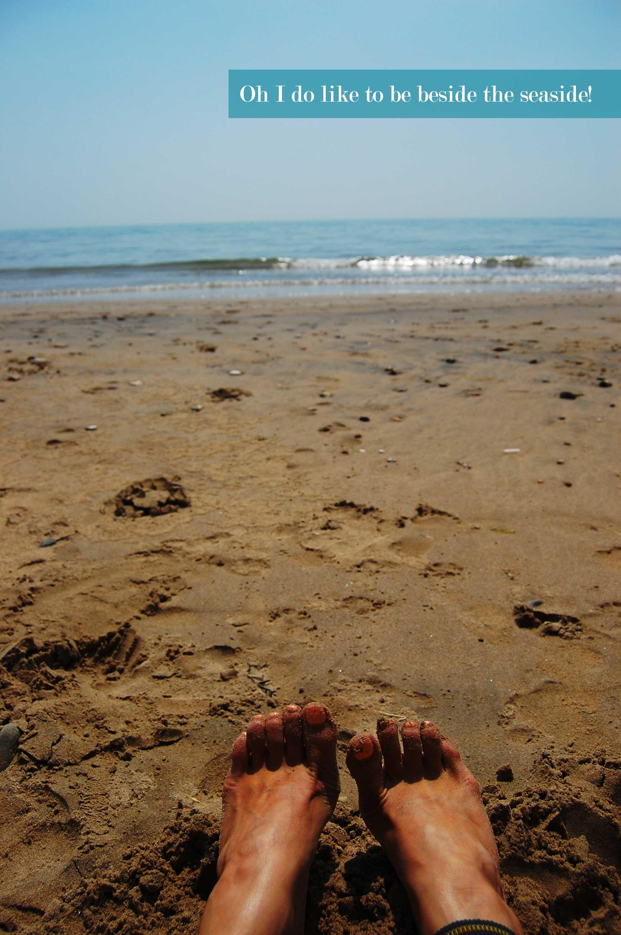 beach-feet-web2
