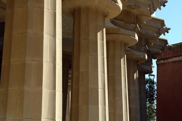 96 columantas formaban lo que originalmente iba a ser el mercado Park Güell, el icono bonito de Barcelona - 9579233160 03edc845b8 z - Park Güell, el icono bonito de Barcelona