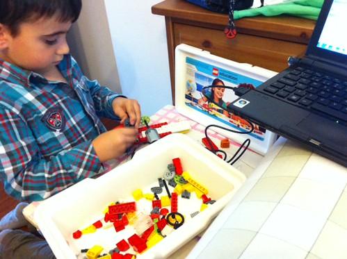 Jugando con Lego WeDo y Scratch