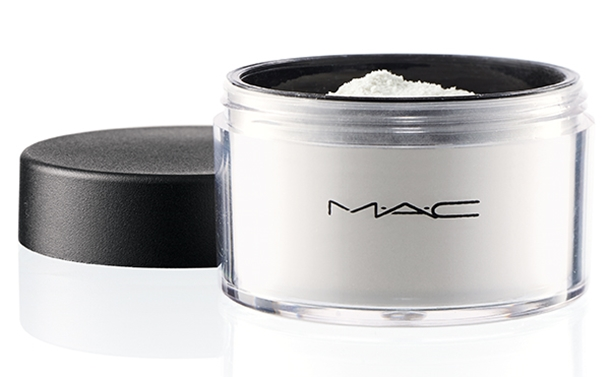MAC-Rick-Baker-Set-Powder-Invisible