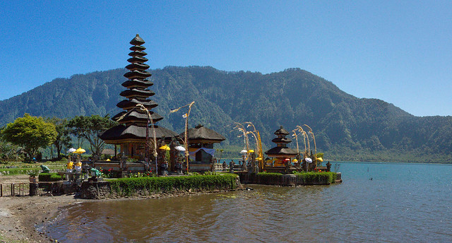Pura Ulun Danau Bratan - Water Temple, Lake Bratan