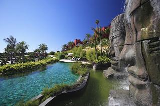 Hotel Asia Gardens, junto a Benidorm. Foto:  Wayne Chasan.