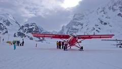 Nasz samolot K2 Aviation gotowy do startu z lodowca