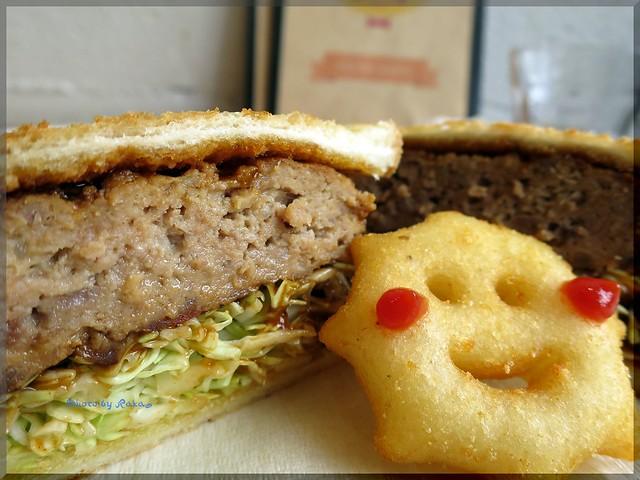 Photo:2013-12-04_ハンバーガーログブック_【高円寺】Baby King Kitchen お子様ランチカフェでハンバーグサンドを頂いてみました-02 By:logtaka