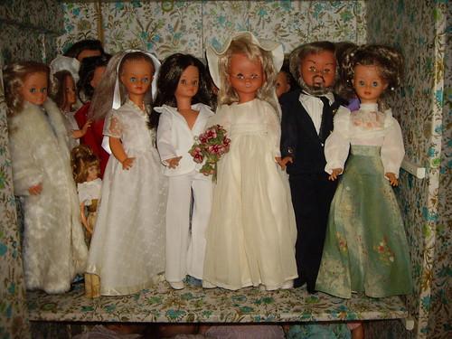 Les poupées de ma maison  11368013775_8824346699