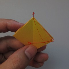 วิธีพับกระดาษเป็นดอกทิวลิป 009