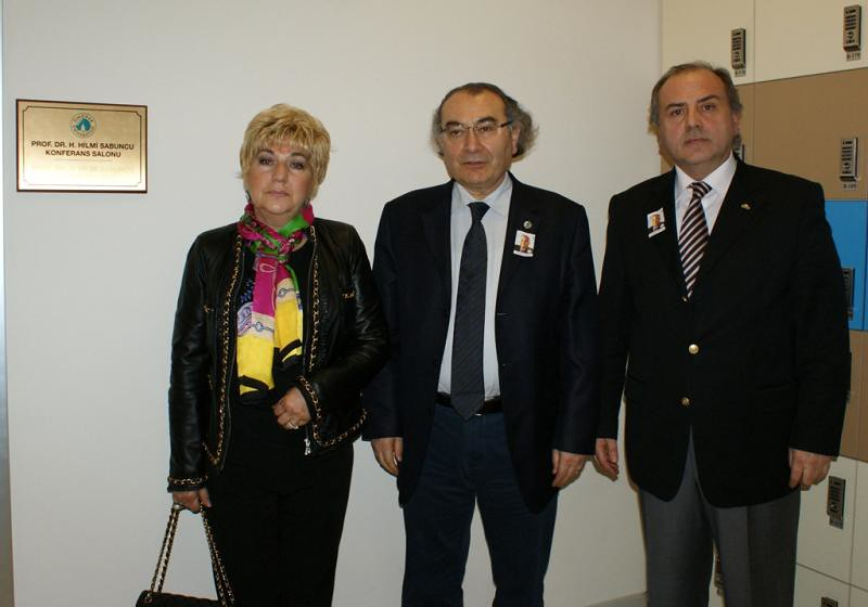 Prof. Dr. Hilmi Sabuncu'nun ismi Üsküdar Üniversitesi'yle yaşayacak 3