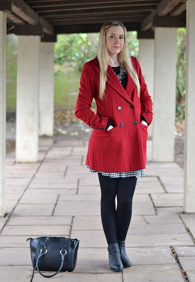 Outfit roter Mantel Asos (1)