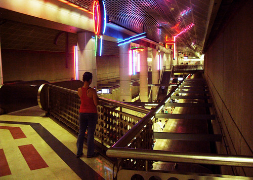 Metro LA by - Cinthia Fujii -
