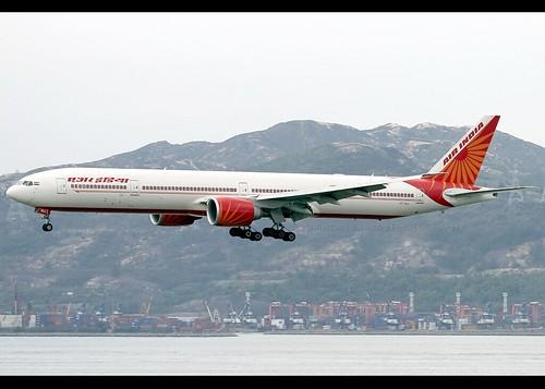 B77W - Boeing 777-337(ER)
