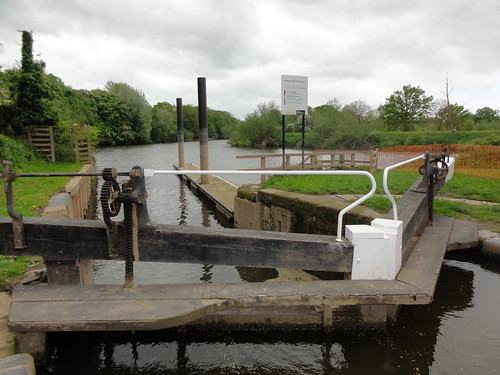 Frist lock on the Droitwich Canal