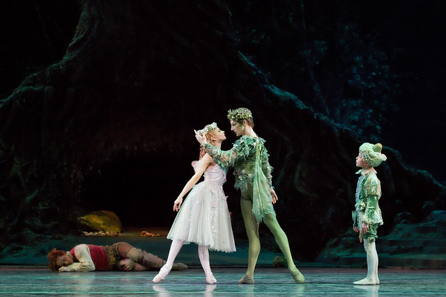 Roberta Marquez as Titania, Steven McRae as Oberon and Enrique Ngbokota as Changeling Indian Boy in The Dream, The Royal Ballet © ROH / Johan Persson