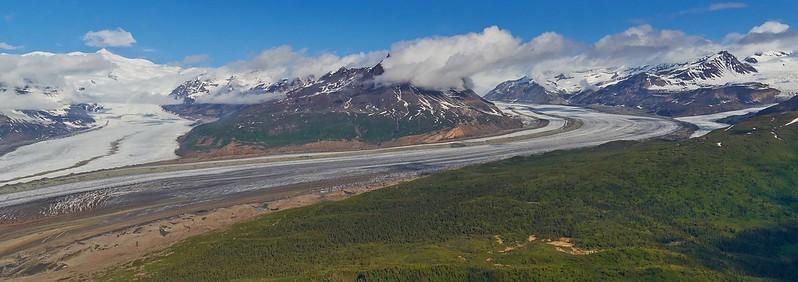 Meeting of Rohn and Regal Glacier - Wrangell St. Elias National Park (1)