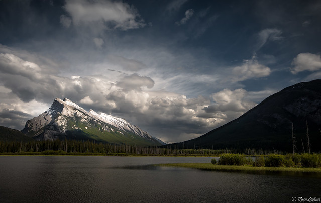Light on Rundle