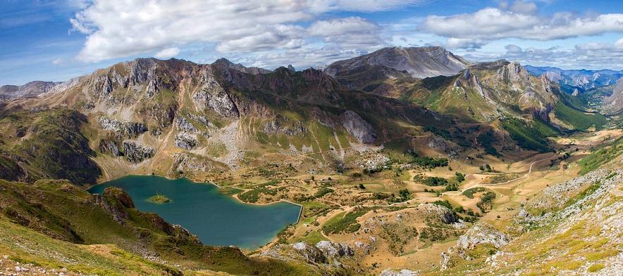 13. Espectacular vista del Lago de Valle, en Somiedo. Autor, Ignaciofedz