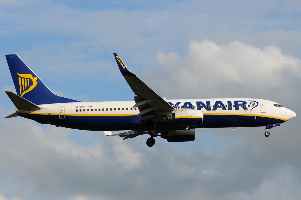 EI-DHR - B738 - Ryanair