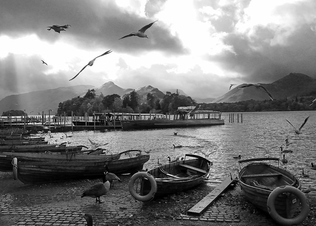Derwent Water monochrome Explored, Panasonic DMC-FS22