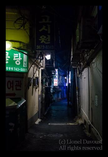 Seoul_dark_street