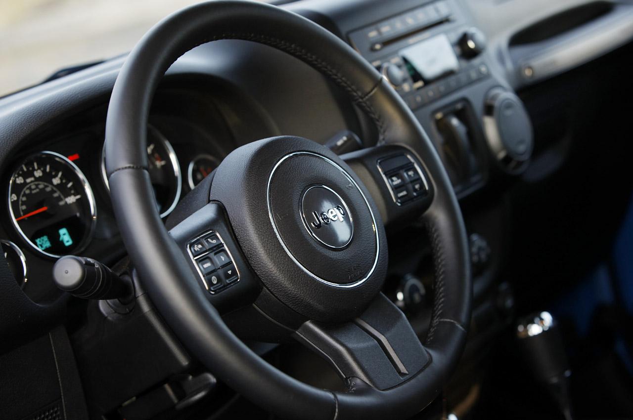 46-2012-jeep-wrangler-sport-review