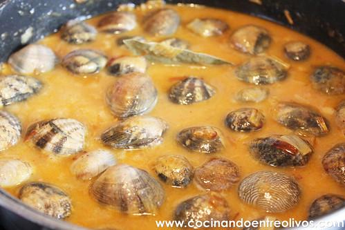 Almejas a la marinera www.cocinandoentreolivos (10)