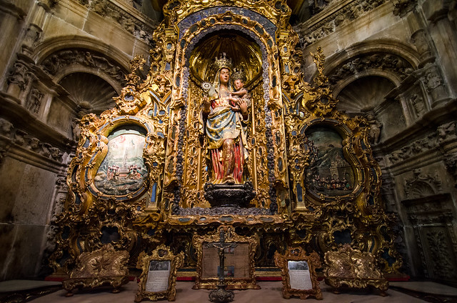 An ornate alter to the Virgin Mary at the Cathedral of Seville.