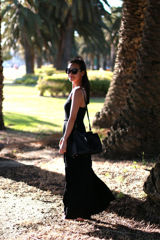 black maxi dress split