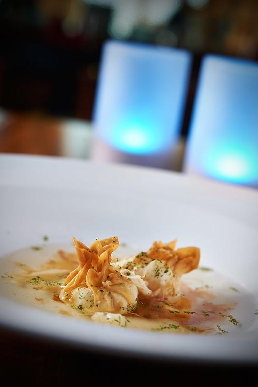 Seafood Broth Blue Swimmer Crab Wonton Ginseng Essence.jpg