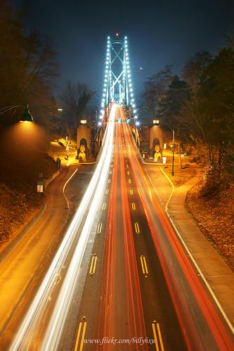 Lions Gate Bridge during Rush Hours