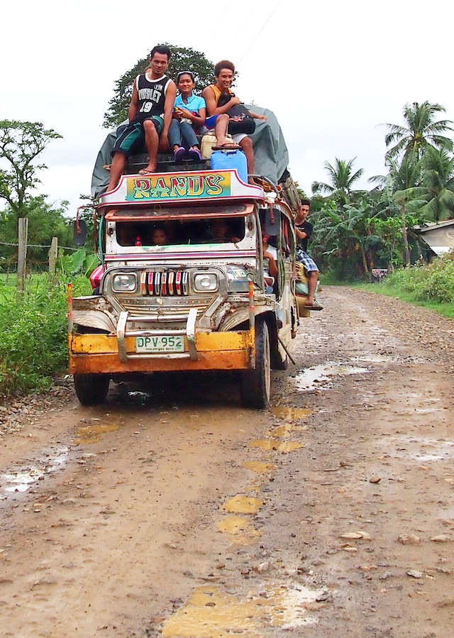 Full jeepney on El Nido road