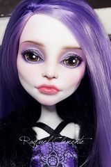 OOAK Monster high custom / repaint Spectra