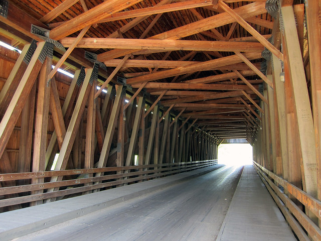 Covered bridge west of Greenup