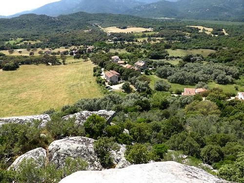 Le hameau de Nota depuis le castellu