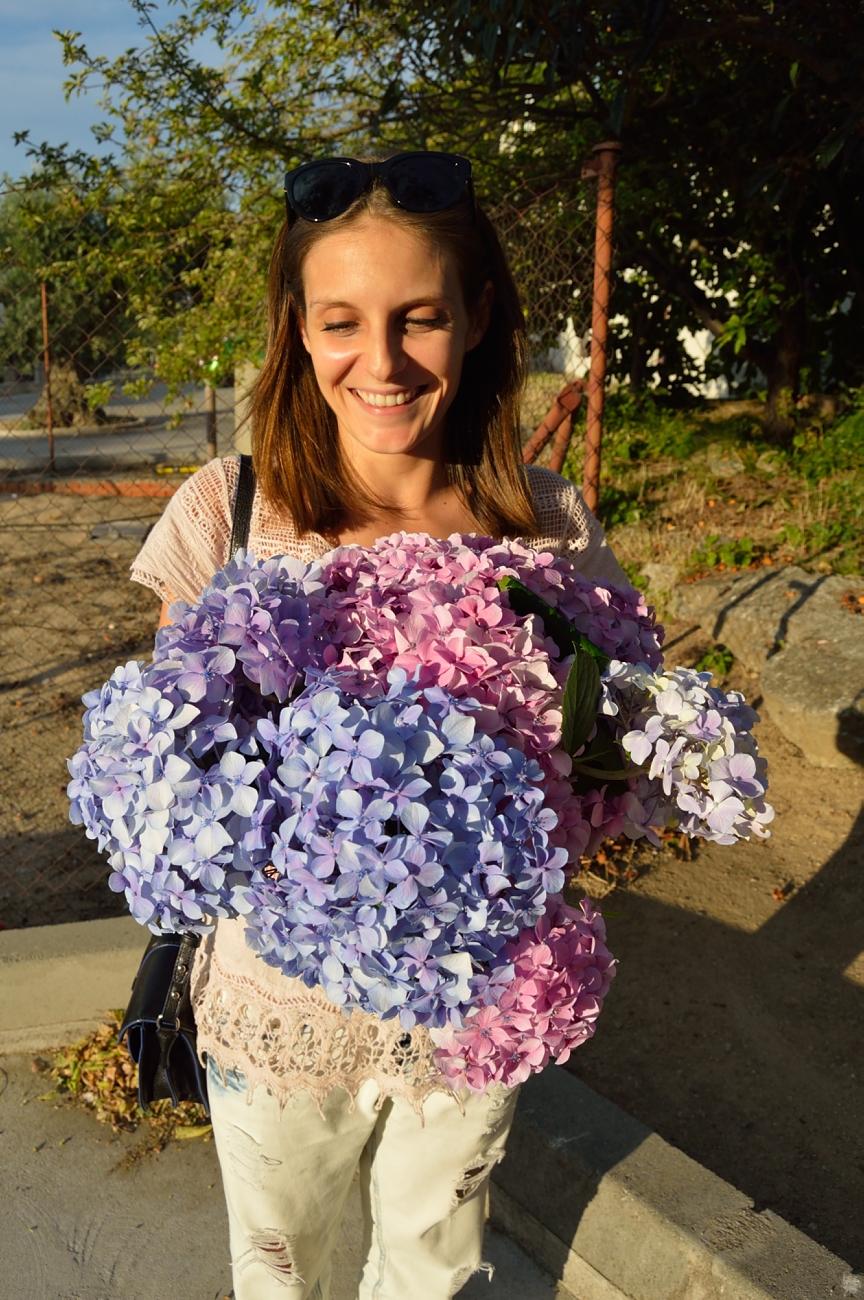 lara-vazquez-madlula-blog-style-fashion-flower-power-happy-face