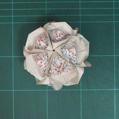 วิธีการพับลูกบอลกระดาษญี่ปุ่นแบบโคลเวอร์ (Clover Kusudama)020