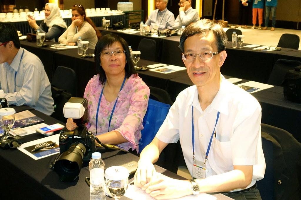 07 澳門代表林健璋(右)黃碧茜(左)出席會議