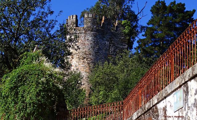 Torreón de los Marqueses de Sarria.