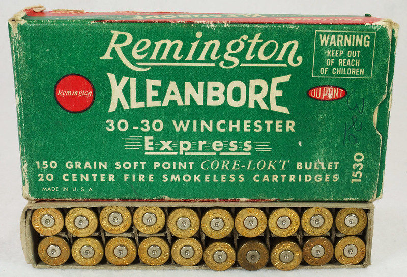 RD14567 Vintage Remington KLEANBORE 30-30 Express 150 gr. Soft Point SMOKELESS Ammo Box & 20 Brass Casings DSC06982