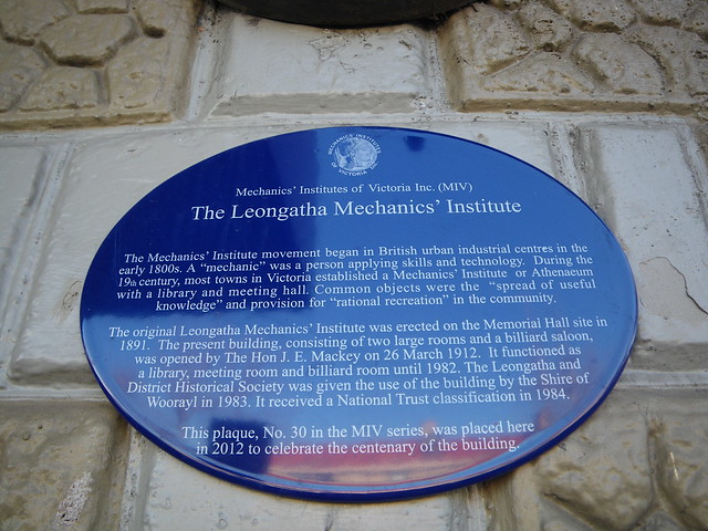 Photo of Leongatha Mechanics' Institute blue plaque