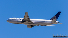 United Airlines - N211UA