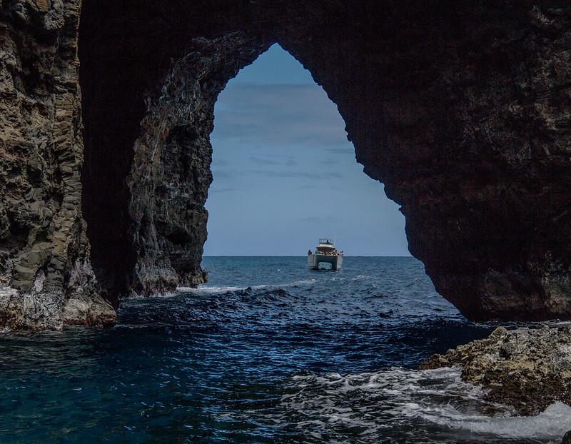 Na Pali Kai - Entering the Open Cave