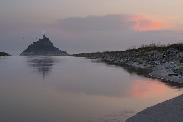Sunrise Saint Michel