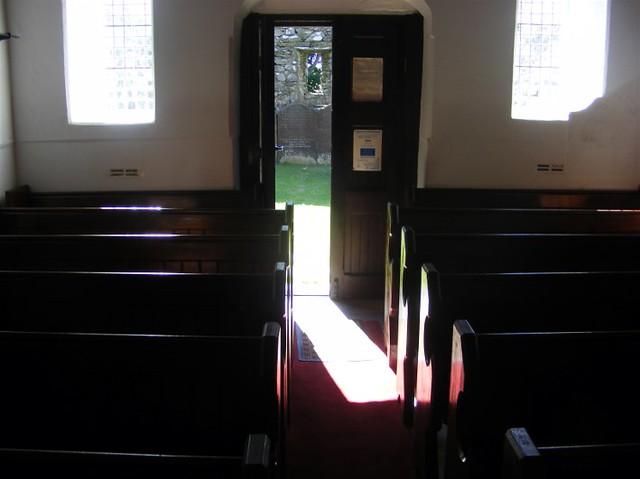 Lonan old church 019