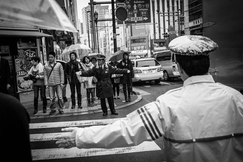 Black and White crossing - Shinjuku, Tokyo.
