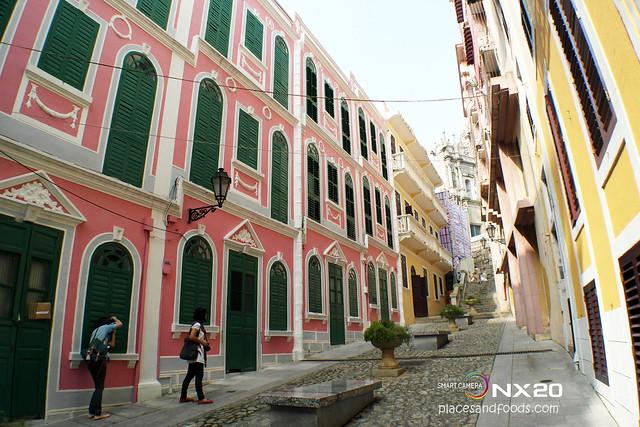 Love Lane Macau (戀愛巷)