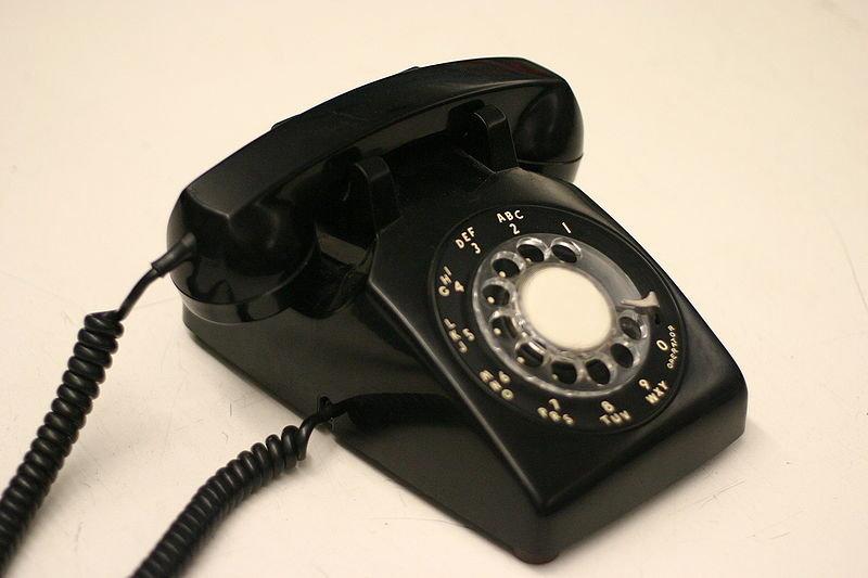 800px-Rotaryphone2