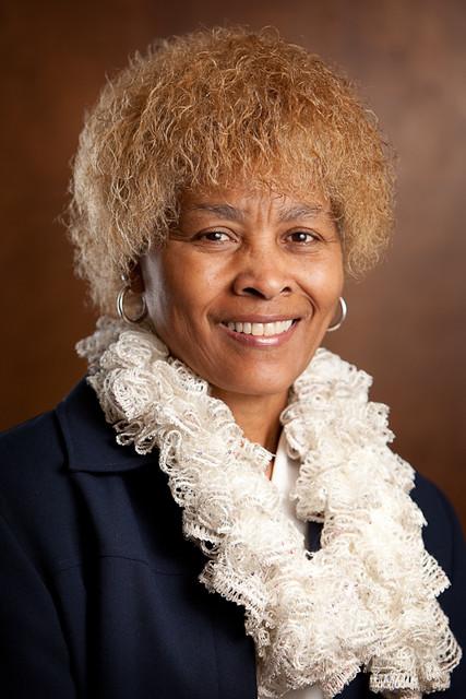 Dr. Gloria Faine