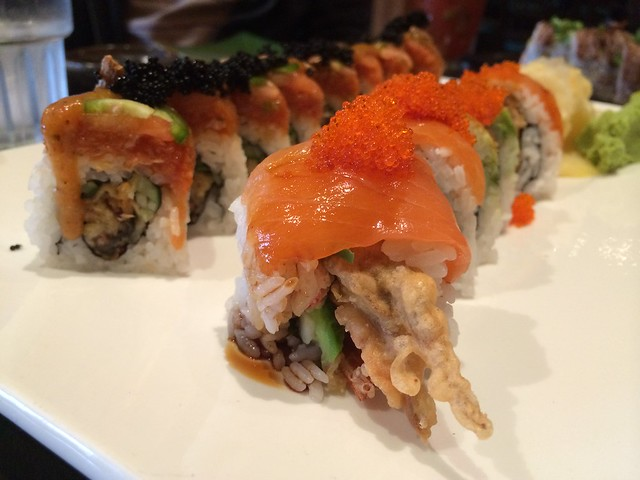 Red dragon & Reward rolls - Barracuda Sushi