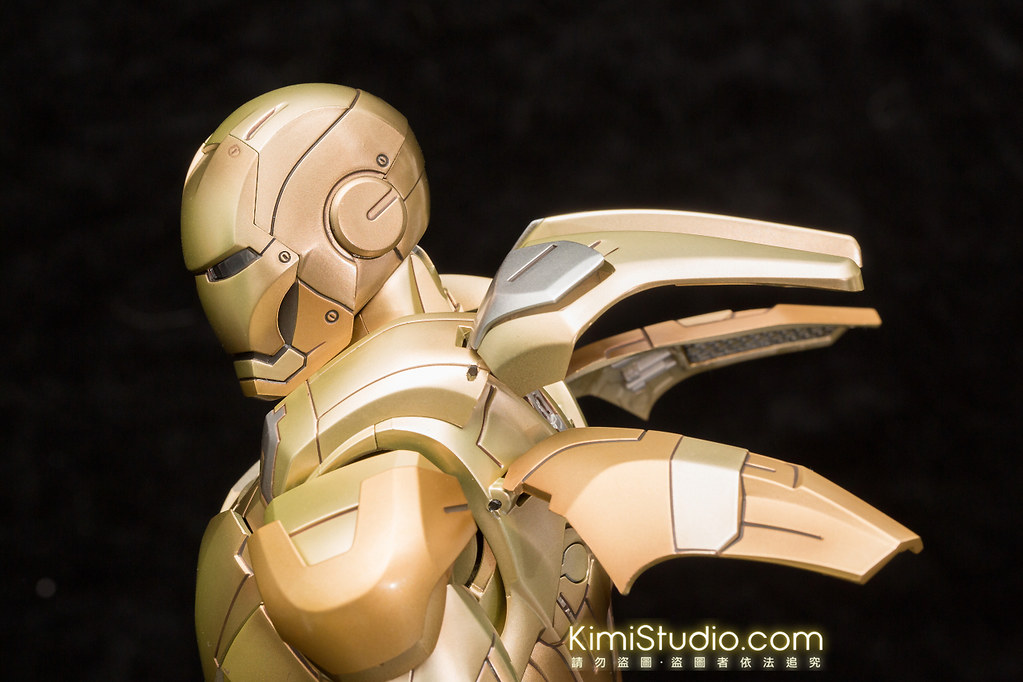2013.10.31 Hot Toys MMS208 Iron Man Mark 21-019