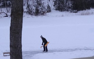 Shovel Skating